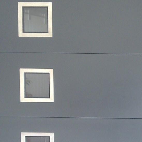 hublot porte de garage. Black Bedroom Furniture Sets. Home Design Ideas
