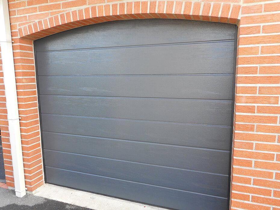 Réalisations Portes De Garage Sectionnelles Mateco - Porte de garage sectionnelle avec poignée de tirage porte fenetre pvc